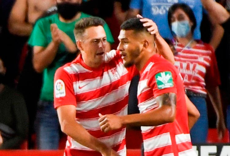 Granada en LaLiga: debut de Santiago Arias y gol de Luis Suárez Charris