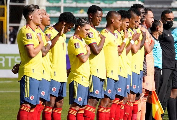 ¿Cómo formaría la Selección Colombia en su visita a Paraguay por Eliminatorias?