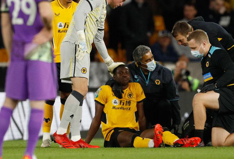 Triste noticia para Yerson Mosquera en Wolverhampton