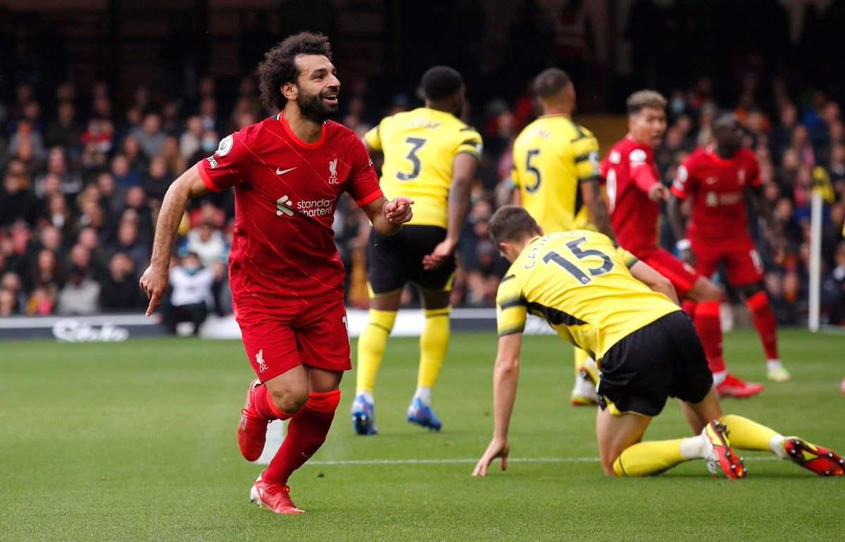 El golazo de Salah, que le tocó ver y sufrir al Cucho Hernández