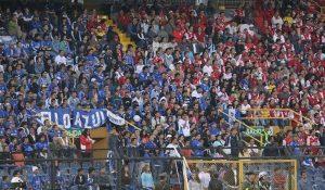Hinchas de Santa Fe y Millonarios se enfrentaron antes del clásico en Bogotá