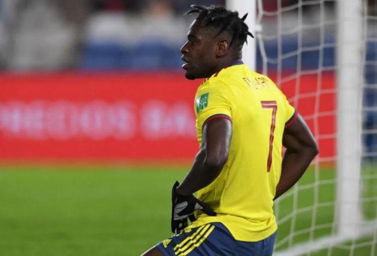 Duván Zapata y la mala racha que lleva con la Selección Colombia: 13 partidos sin anotar