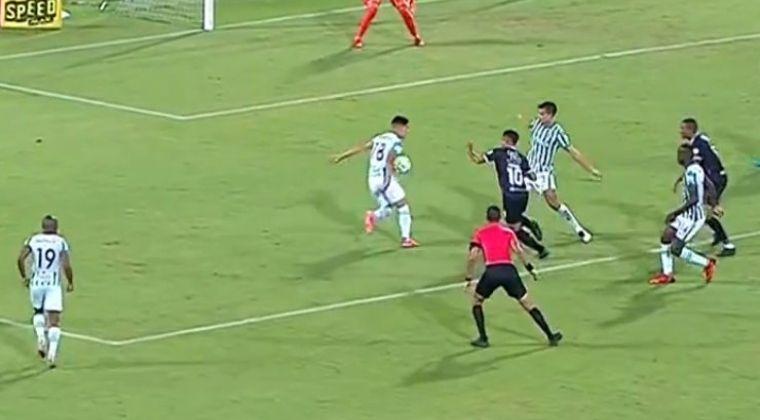 ¿Era penalti para el Deportivo Cali?: Posible mano de Olivera y el VAR dijo no