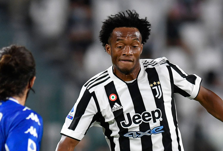 Con Cuadrado ingresando desde el banco, Juventus perdió en la Serie A